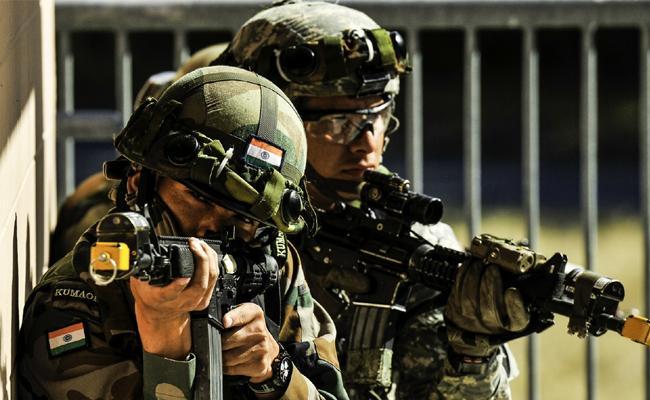 Three Terrorists killed in Encounter - Sakshi