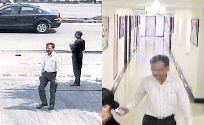 Jewellery Robbery In Fivestar Hotels Accused Changing Address - Sakshi