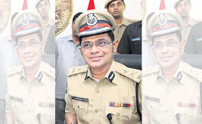 Police Commissioner Record For Different posts - Sakshi