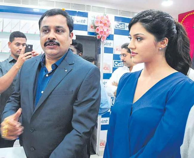 Another 30 'cell point' show in Andhra Pradesh - Sakshi