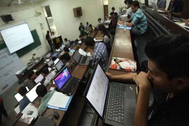 Indians are an unhappy lot, but Pakistanis get more joyful: report - Sakshi