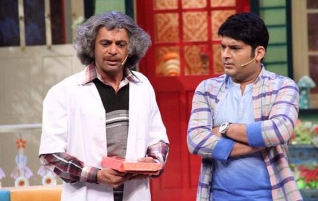 Kapil Sharma And Sunil Grover Fight In Social Media - Sakshi