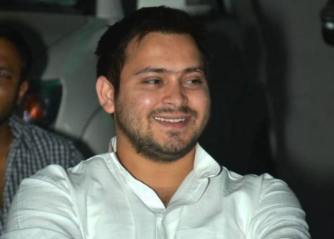 parents will arrange my wedding, says Tejashwi Yadav - Sakshi