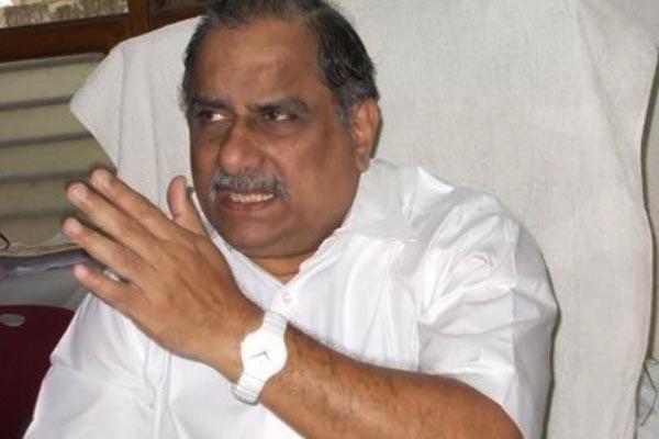 Mudragada Padmanabham Urges Kapus To Get BC F Certificates - Sakshi