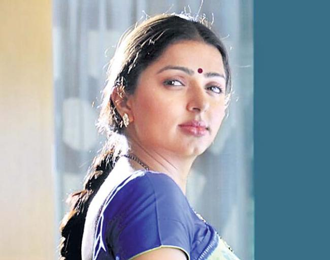 Bhumika turns ghost for Samantha's remake of Kannada U Turn - Sakshi
