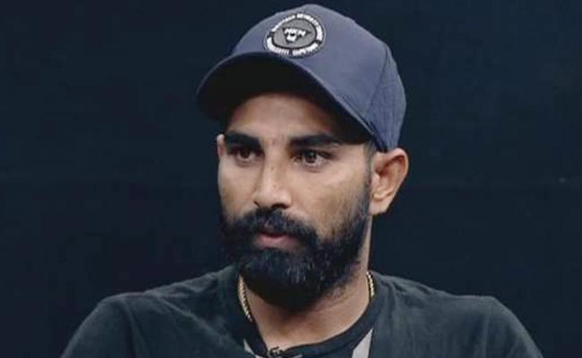 Mohammed Shami injured - Sakshi
