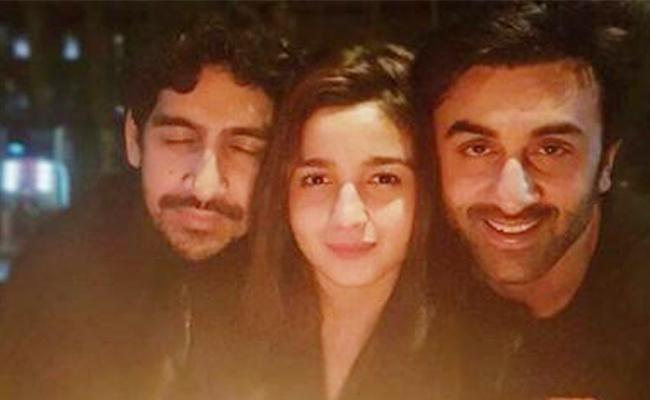 Alia Bhatt Shares A Photo And Says Its Just The Beginning - Sakshi