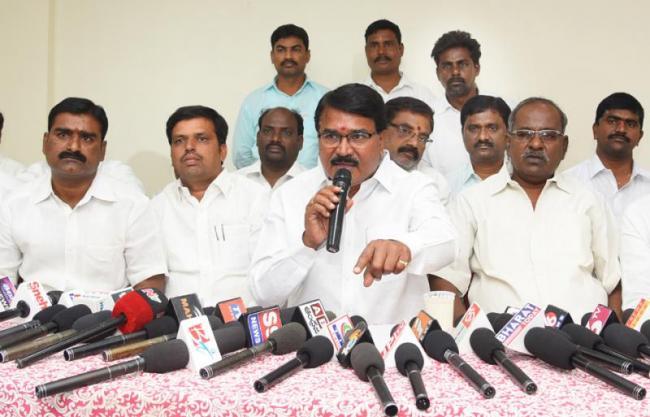 TRS leader Niranjan Reddy fires on Revanth Reddy - Sakshi