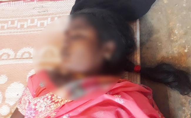 Married Woman Suicide On Extra Dowry Harrassments - Sakshi