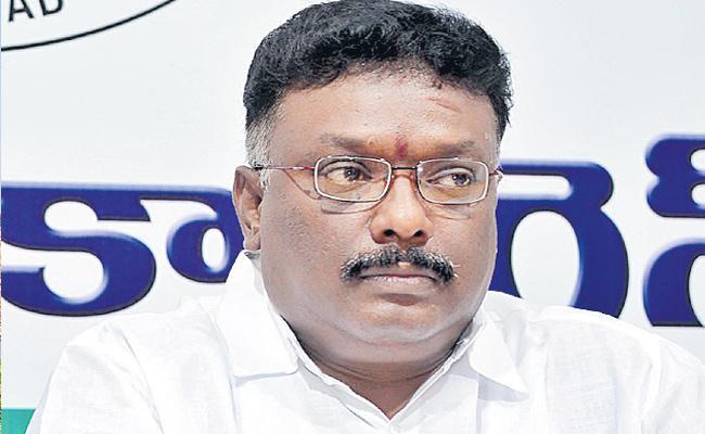 Dasoju Sravan Questioned KTR On Minister Jagadish Reddy Land Issue - Sakshi