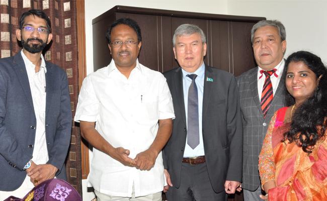 Hyderabad Tour Of Association Of University Of Republic Of Kazakhstan Professors - Sakshi