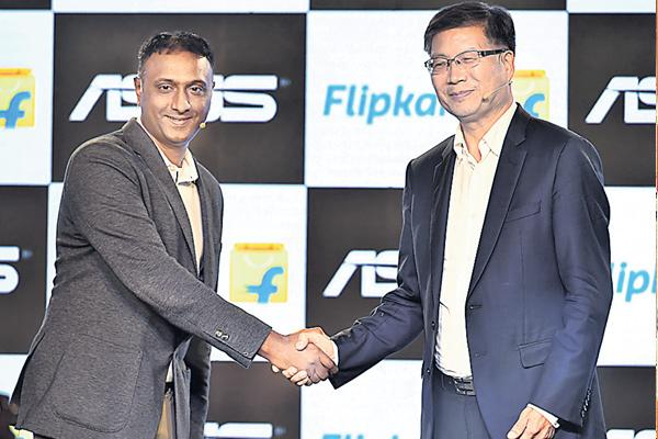 Flipkart eyes 40% of India's phone market - Sakshi