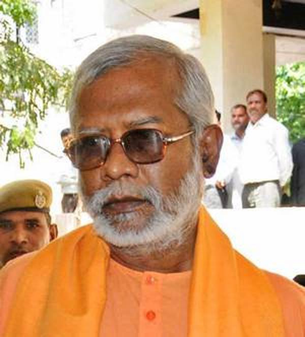 BJP may rope in Swami Aseemanand to work in West Bengal - Sakshi