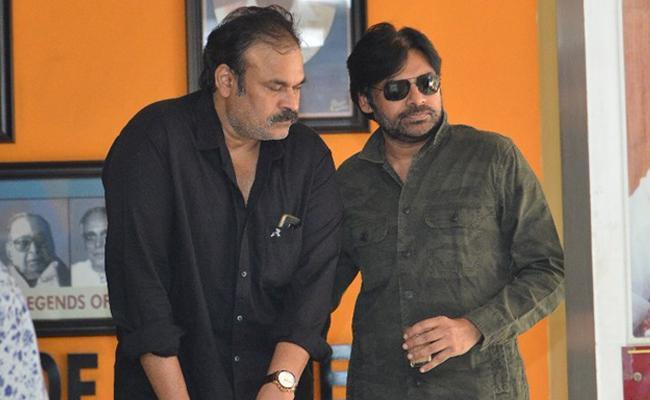 Pawan Kalyan in Film Chamber with Naga Babu  - Sakshi