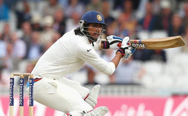 Ishant Sharma Maiden Half century In First Class Cricket - Sakshi