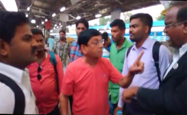 Jabardast Team Hulchal in East-Coast Express - Sakshi