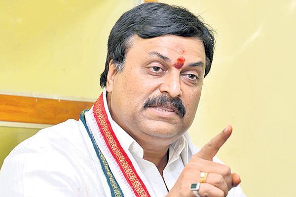 Ponguleti Sudhakar Reddy Fires On TRS Government - Sakshi