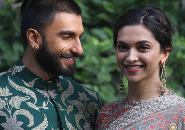 Ranveer Deepika to Have Destination Wedding - Sakshi