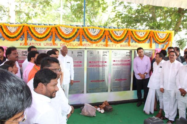Minister ktr visits warangal - Sakshi