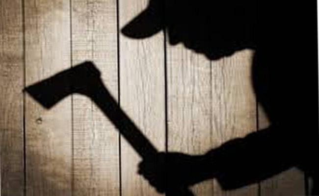 Man Killed Wife And Daughter For Second Marriage - Sakshi