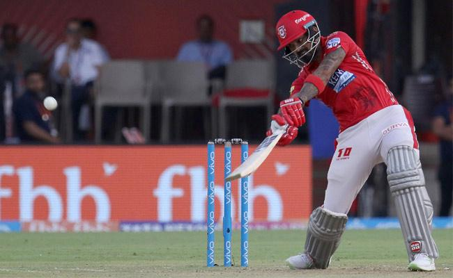 KL Rahul becomes fifth player to three successive Half Centuries - Sakshi