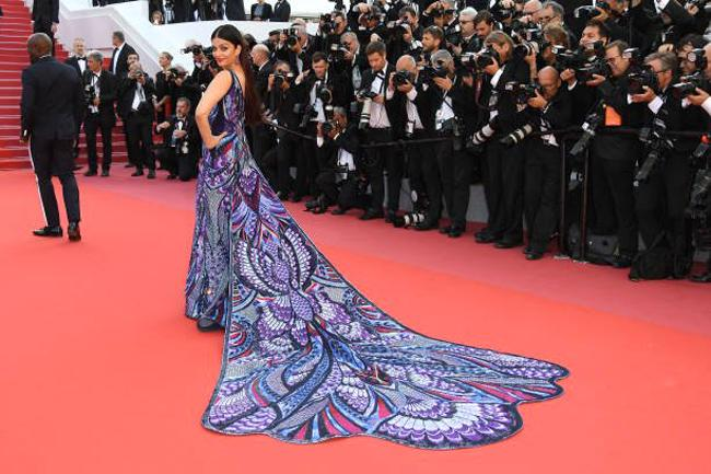 fashion-news-canes-film-festival-diva-aishwarya-ra