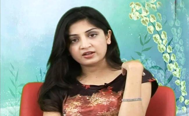 Poonam Kaur Allegations On Movie Director - Sakshi