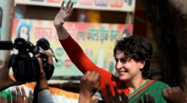 Priyanka Gandhi Lead To Congress-JDS Coaliation In Karnataka - Sakshi