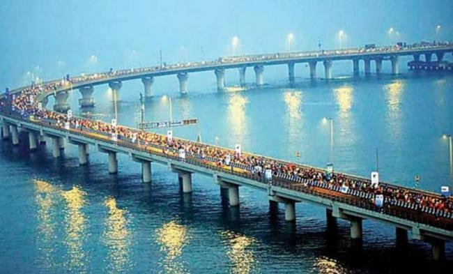 One-way Toll Charge For Bandra-Versova Sea Link Set At Rs 250 - Sakshi