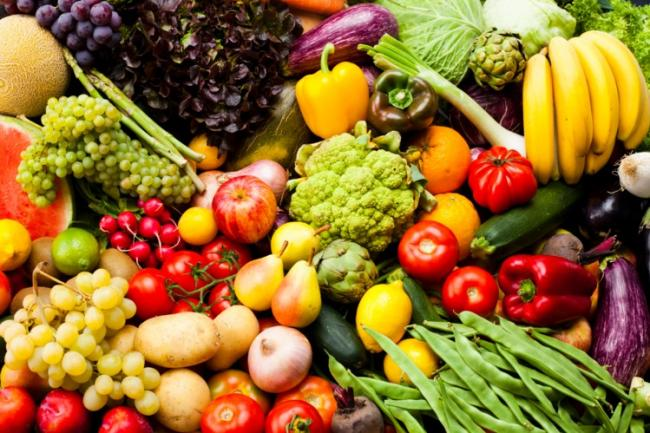 Eating Vegetables, Fruit And Fish May Keep People Sharp - Sakshi