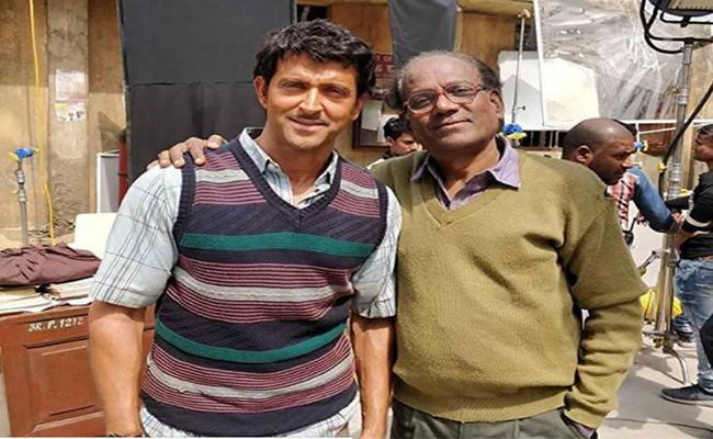 Hrithik Roshan Loses Weight For Movie Super30 - Sakshi