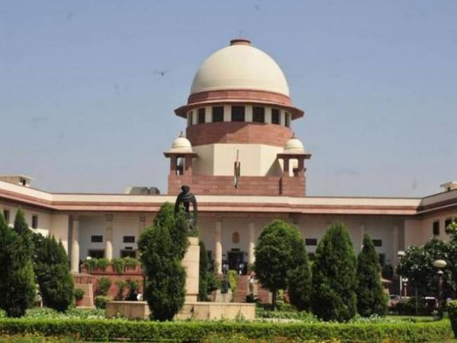 Supreme Court Give 10 Weeks Time For Discussing Single Largest Party Issue - Sakshi