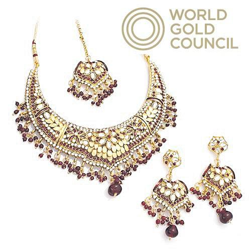 Jewelery demand in India is good - Sakshi