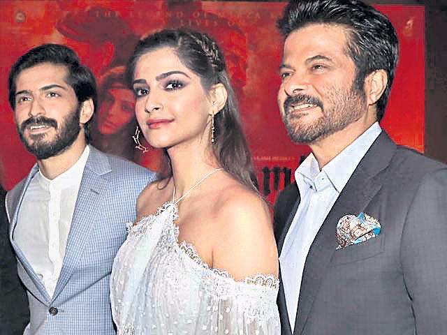 Anil Kapoor on Sonam and Harshvardhan's box office clash - Sakshi