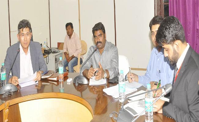 Collector Orders To Kia Cars Industry Compleat Soon - Sakshi