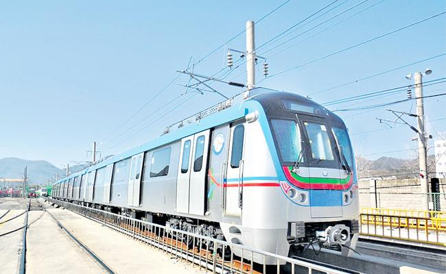 Route Clear on Rayadurgam To Shamshabad Metro Express - Sakshi