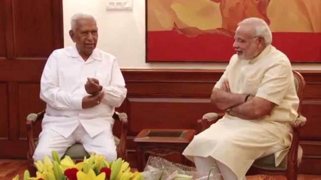 narendra modi sasys governer  Vajubhai Vala recall - Sakshi