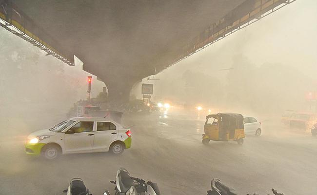 Heavy Rains Lash Hyderabad - Sakshi