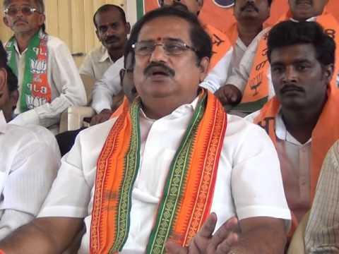 Suresh Reddy Confident On Yeddyurappa Win In Confidence Motion - Sakshi