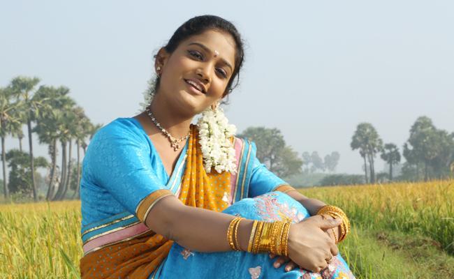 Murder threats To Actress Thanya - Sakshi