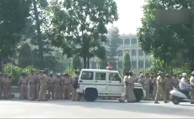 Karnataka Floor Test: Key Points - Sakshi