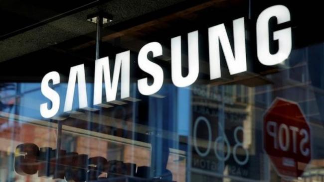 Samsung Tops Shrinking Smartphone Market In Q1 2018 - Sakshi