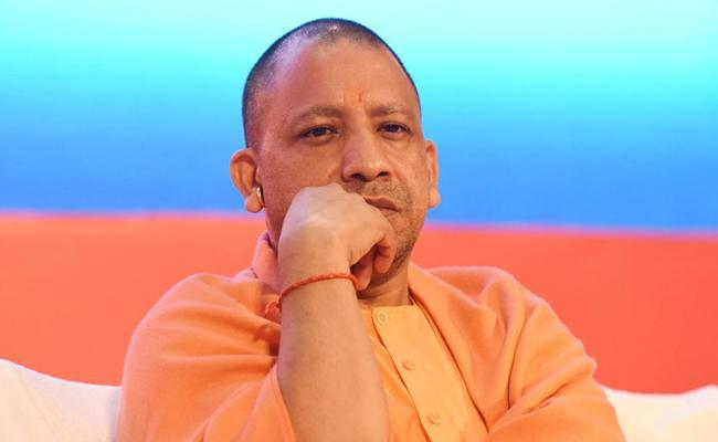 Yogi Adityanath Concentrate On Gorakhpur - Sakshi