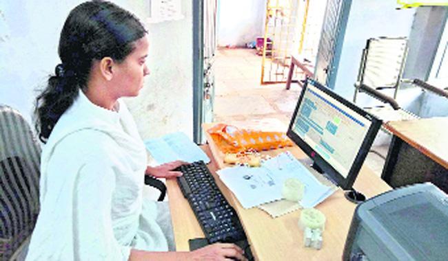 Intermediate Admissions In Online Telangana - Sakshi