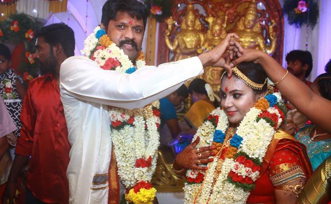Actor Soundararaja Ties Knock With Tamannah - Sakshi