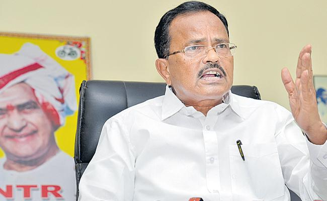Motkupalli Narasimhulu Slams To CM Chandrababu Naidu - Sakshi