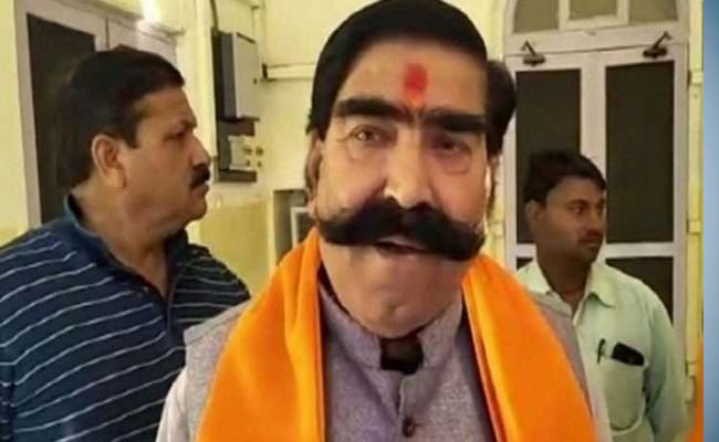 Lord Hanuman Was First Leader For Adivasis Says BJP MLA Ahuja - Sakshi