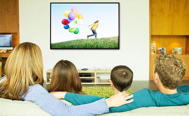 Too Much Watching Of TV Computer Screens Causes Mortality - Sakshi