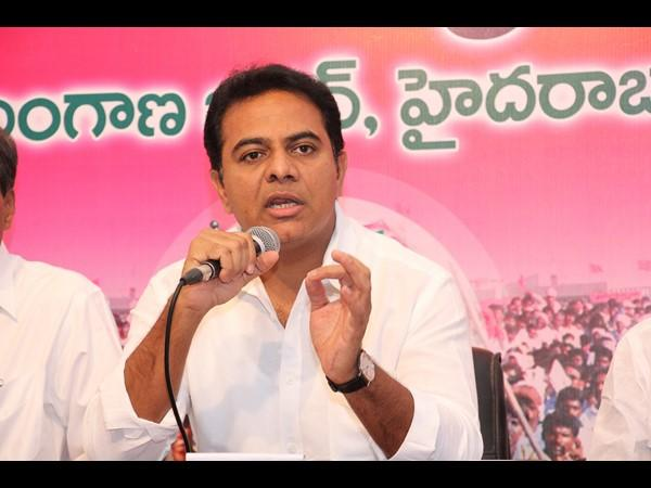 TRS Minister KTR Fire On Congress govt - Sakshi