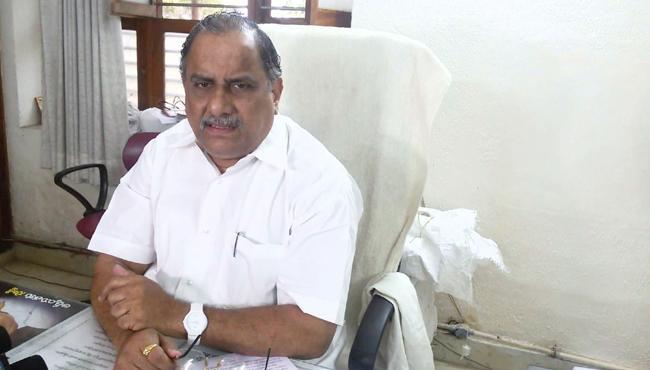 Chandrababu Naidu Suffering With Unknown Disease : Mudragada Padmanabham - Sakshi